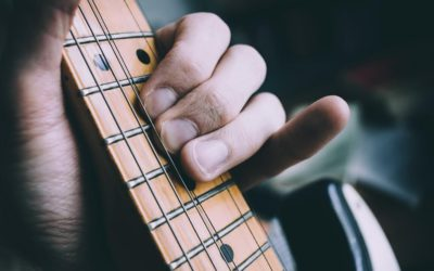 9 Secrets Revealed to Playing Great Blues Rhythm Guitar